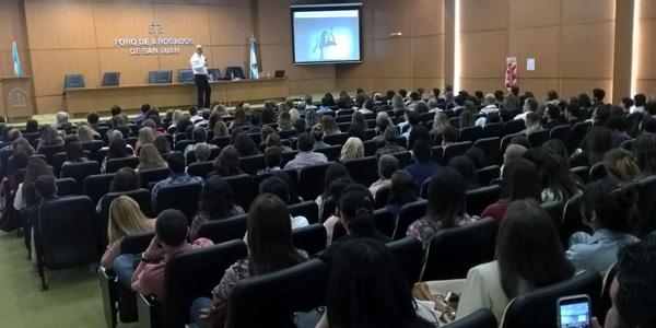 CICLO DE CONFERENCIAS DE PNL